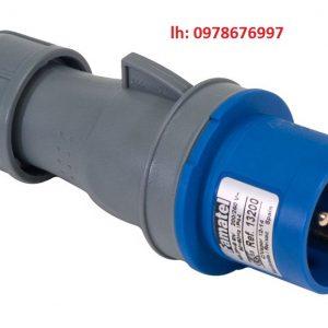 Phích cắm công nghiệp chống nước 2P 32A PKE32M723 Schneider
