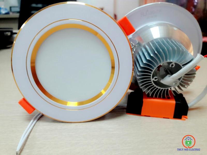 Đèn led chiếu sáng Hồ Chí Minh