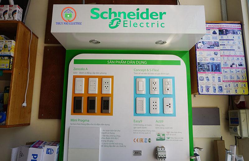 Thiết bị điện công tắc ổ cắm Schneider