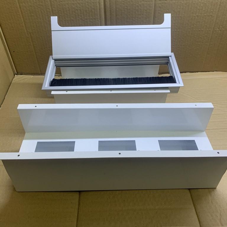 Nắp hộp điện nhôm âm bàn 80x160